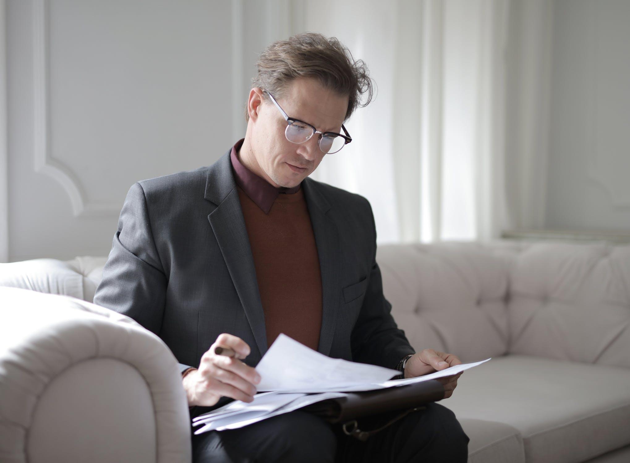 Wat zijn de taken van een advocaat?